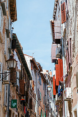 Old town of Rovinj - p728m2027222 by Peter Nitsch