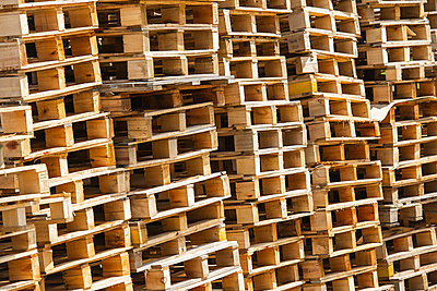 Stack of pallets - p623m2003655 by Frederic Cirou