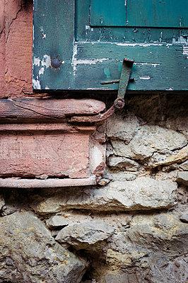 Old shutter - p1088m907733 by Martin Benner