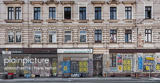 Unrestored dilapidated old building facades - p390m2149773 by Frank Herfort