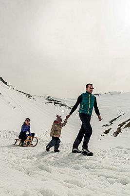 Winterurlaub - p081m1137277 von Alexander Keller