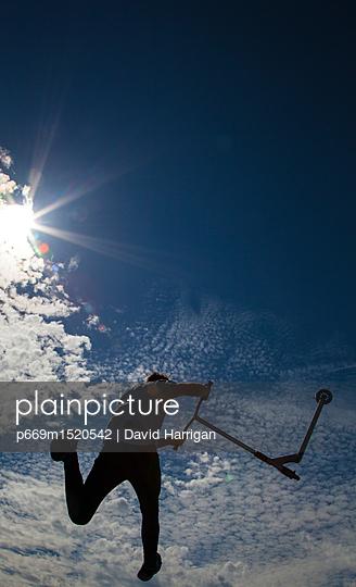 p669m1520542 von David Harrigan