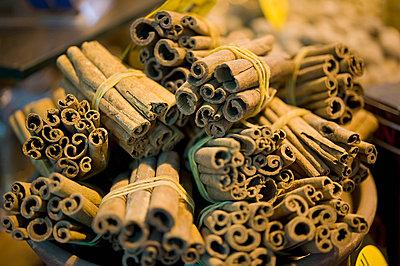 Cinnamon sticks for sale in Spice Bazaar; Istanbul, Turkey - p442m837828f by Daniel Alexander