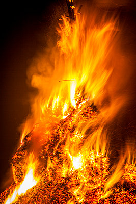 Epiphany fire - p1062m1039721 by Viviana Falcomer