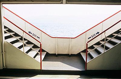 Zwei Treppen - p3050022 von Dirk Morla