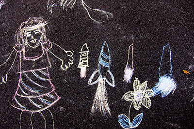Chalk drawing - p6280594 by Franco Cozzo