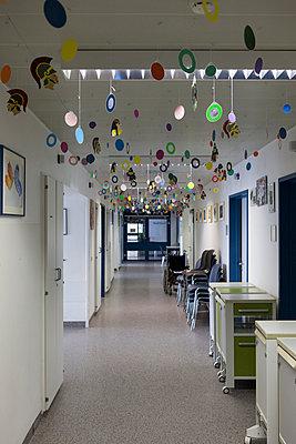 Kinderkrankenhaus - p361m901316 von Ute Behrend