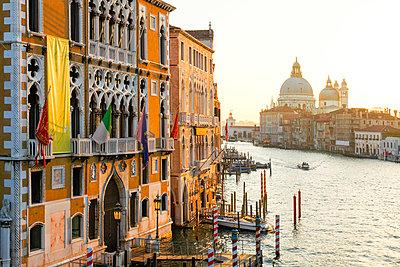 Grand Canal with Palazzo Cavalli Franchetti at left and Santa Maria della Salute Church in the Distance, Venice, Veneto, Italy - p651m2033761 by Peter Fischer