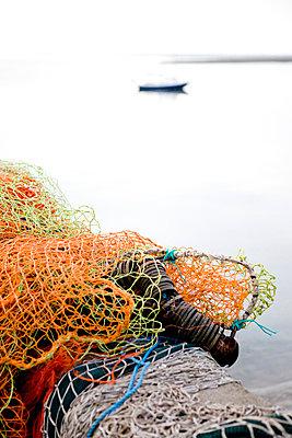 Fishing nets - p6860051 von Paul Tait