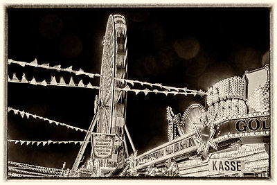 At the fair - p401m2044391 by Frank Baquet