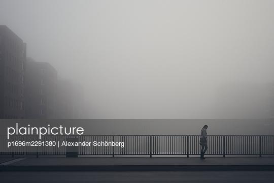 Early passenger - p1696m2291380 by Alexander Schönberg