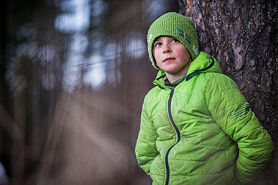 Boy looking away - p312m1338679 by Fredrik Schlyter