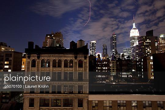 New York bei Nacht - p5070103 von Lauren Krohn