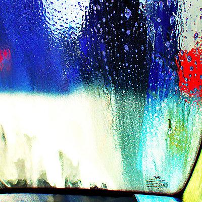 Regen - p979m2042848 von Ruth Kumpernatz