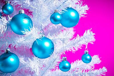Christmas decoration - p1149m2027594 by Yvonne Röder