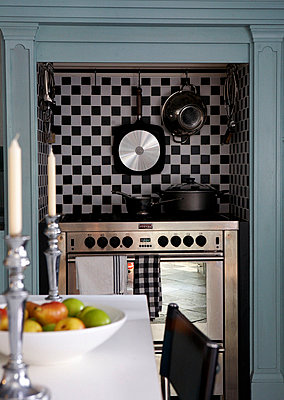 Kitchen range cooker in Grade I listed Elizabethan manor house in Kent  - p349m789810 by Brent Darby