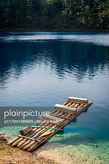 Floß - p1170m1584925 von Bjanka Kadic