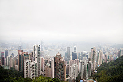 Hong kong, hong kong island, skyscrapers of central district - p9244876f by Image Source