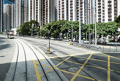 Hongkong Stadtlandschaft - p1202m1061277 von Jörg Schwalfenberg