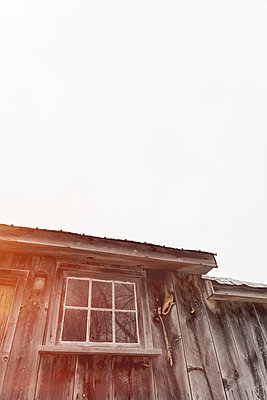 Old Barn Buildings - p1335m1362068 by Daniel Cullen