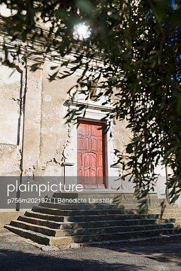 Church - p756m2021971 by Bénédicte Lassalle