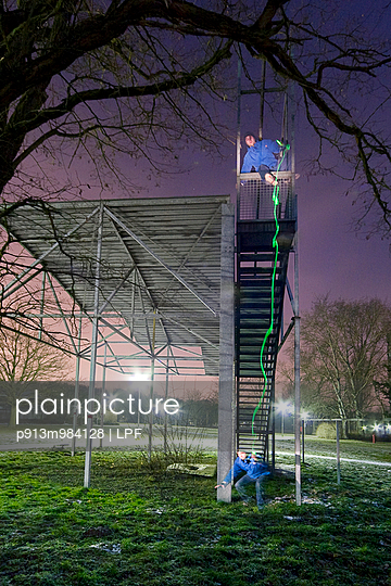 Lichtspur - p913m984128 von LPF