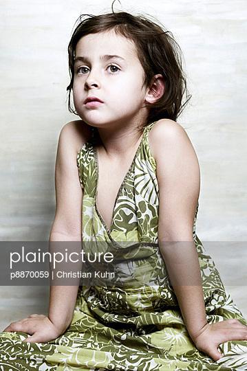 Little girl in studio - p8870059 by Christian Kuhn