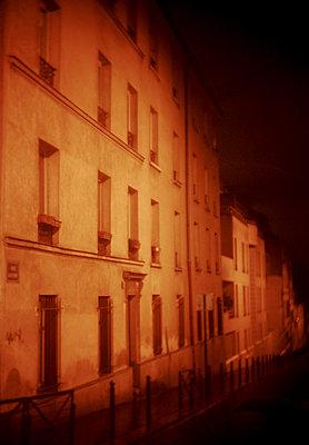 Paris - p567m901564 by Alexis Bastin