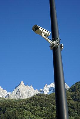 A security camera in Chamonix - p1610m2208687 by myriam tirler