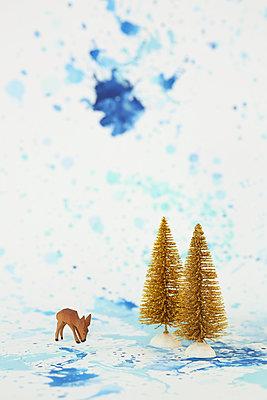 Weihnachtlicher Hintergrund - p237m1516689 von Thordis Rüggeberg
