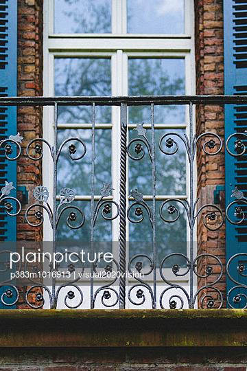 Balcony - p383m1016913 by visual2020vision