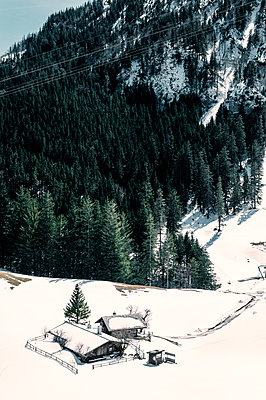 Germany, Bavaria, Mountain cabim - p947m2272986 by Cristopher Civitillo