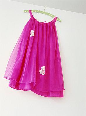 Pinkes Kleid - p2370208 von Thordis Rüggeberg