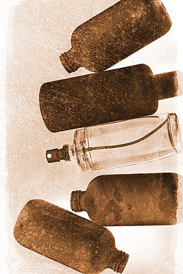 Leere Flaschen    - p450m1083429 von Hanka Steidle