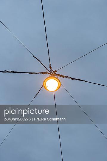 Laterne  - p949m1200276 von Frauke Schumann