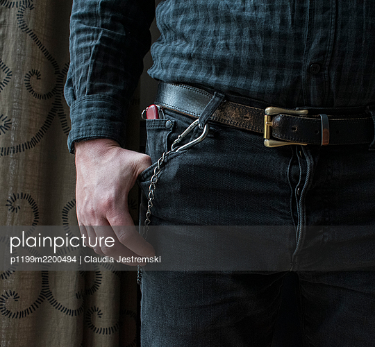 Pocketknife in pants pocket - p1199m2200494 by Claudia Jestremski