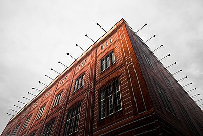 Building - p1062m1172152 by Viviana Falcomer