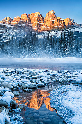 Castle Mountain in Winter, Banff National Park, Alberta, Canada - p651m2006357 by Tom Mackie