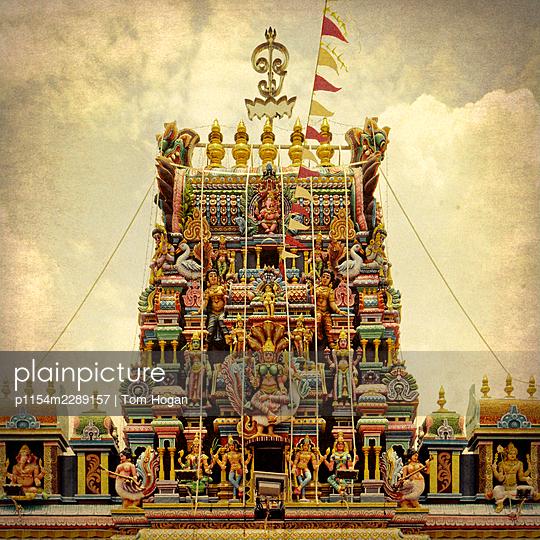 Asia, Singapore, Hindu Temple Facade - p1154m2289157 by Tom Hogan