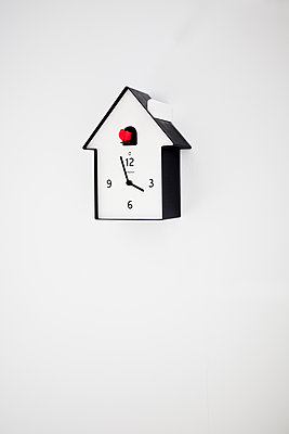 Cuckoo-clock against white background - p699m2007792 by Sonja Speck