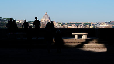 View of St. Peter's Basilica, Rome - p1600m2175112 by Ole Spata