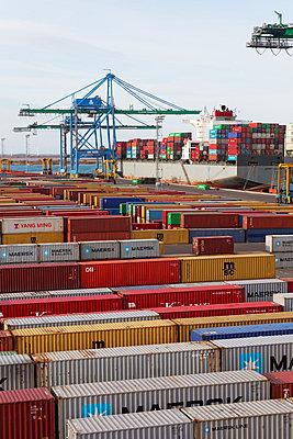 World trade - p778m857065 by Denis Dalmasso