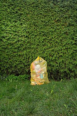 plastic bin bag - p876m2128174 by ganguin