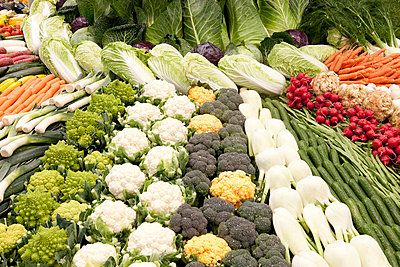 Frisches Gemüse - p898m853029 von Julia Blank