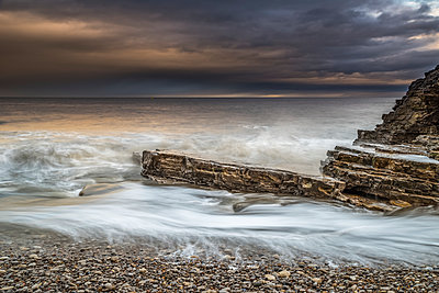 Late afternoon winter seascape in North East England; South Tyneside, Tyne and Wear, England - p442m1482882 by Philip Payne