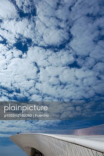 Rooftop platform, clouds, Museu de Arte, Arquitetura e Tecnologia - p1032m2182063 by Fuercho