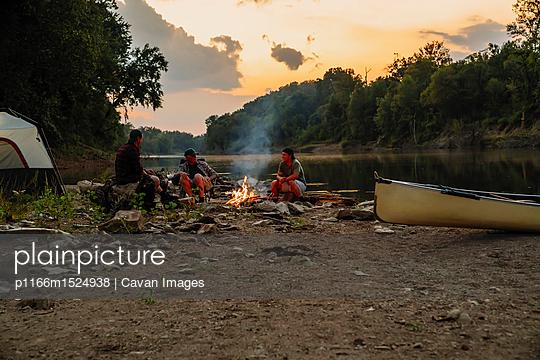 p1166m1524938 von Cavan Images