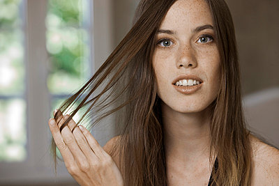 Girl with long brown hair - p7730051 by Jochen Rolfes