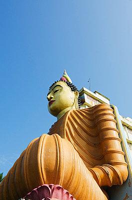 Buddhist temple at Bentota, Southern Province, Sri Lanka, Asia - p871m807495 by Christian Kober