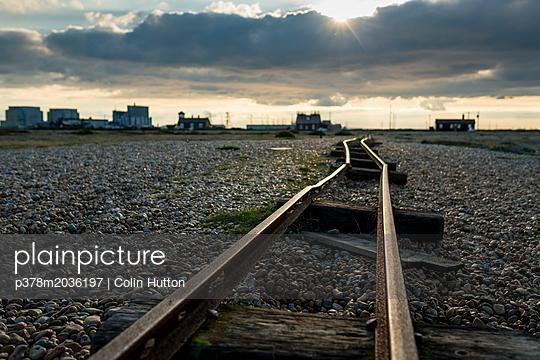 p378m2036197 von Colin Hutton